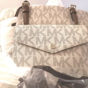 100% designer Authentic Micheal kors jet tote